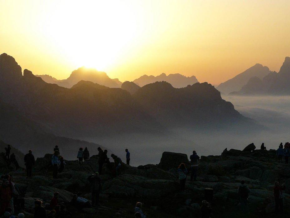 L'alba sulle Dolomiti - Suoni delle Dolomiti 2012