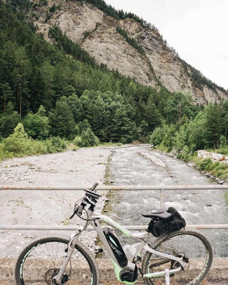 Le borgate di La Roche e Föens in e-bike
