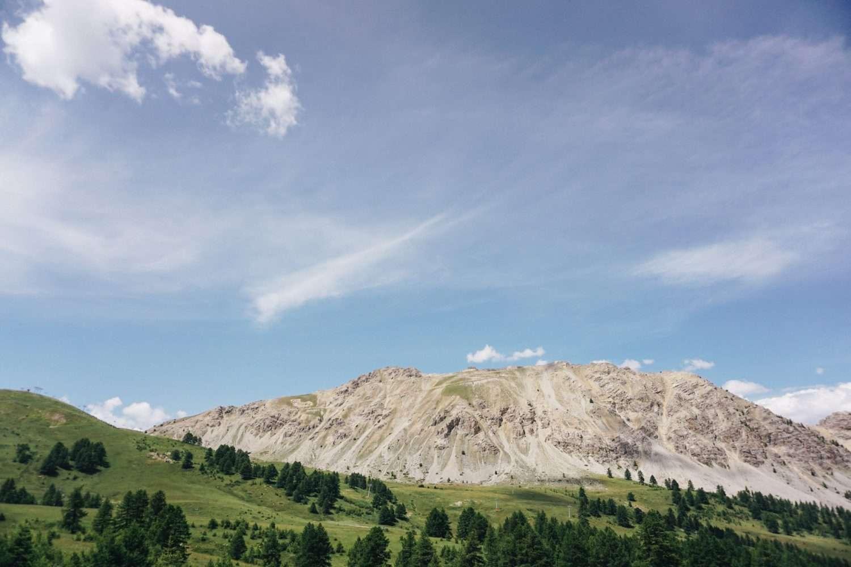 I Monti della Luca e il Lago dei Sette Colori in e-bike